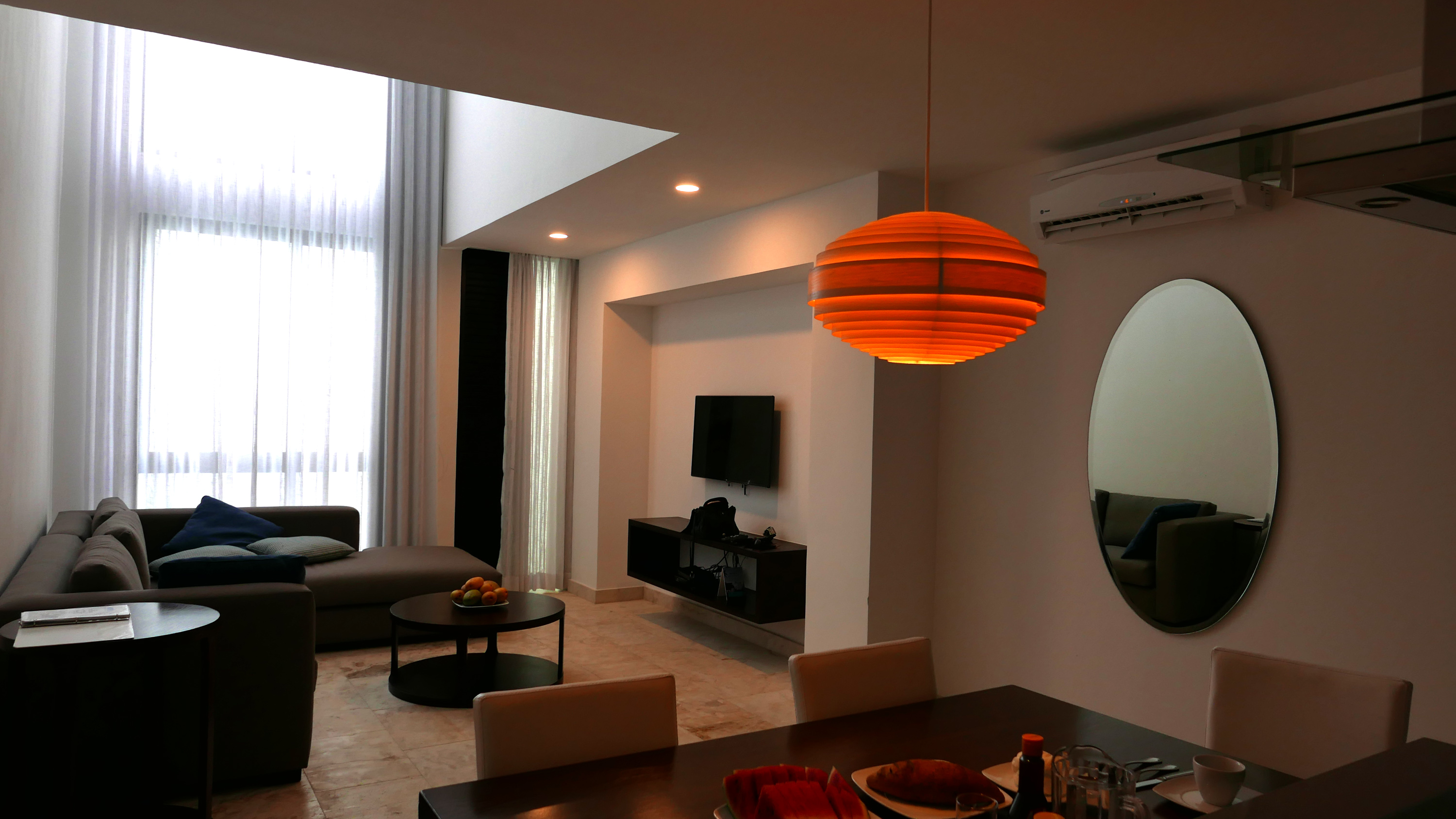 anah suites dining room 1