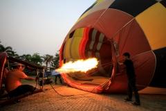 Balloon over Chiang Mai 1