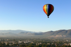 balloon over teotihuacan 2