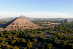 balloon over teotihuacan 5