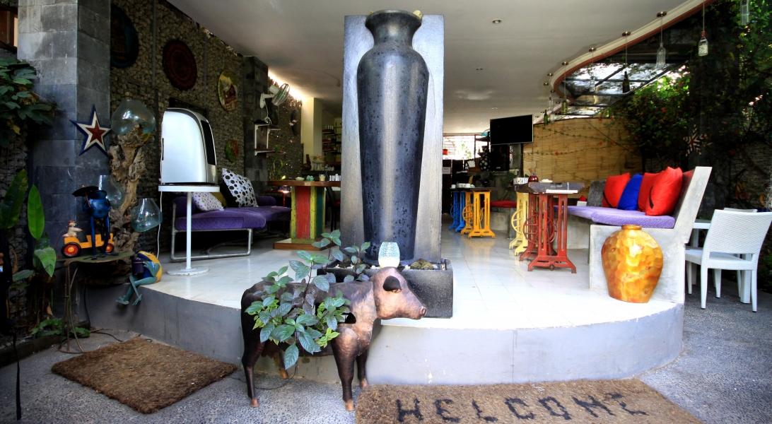 Das Frühstücks-Cafe! Unglaublich schön und kreativ eingerichtet.