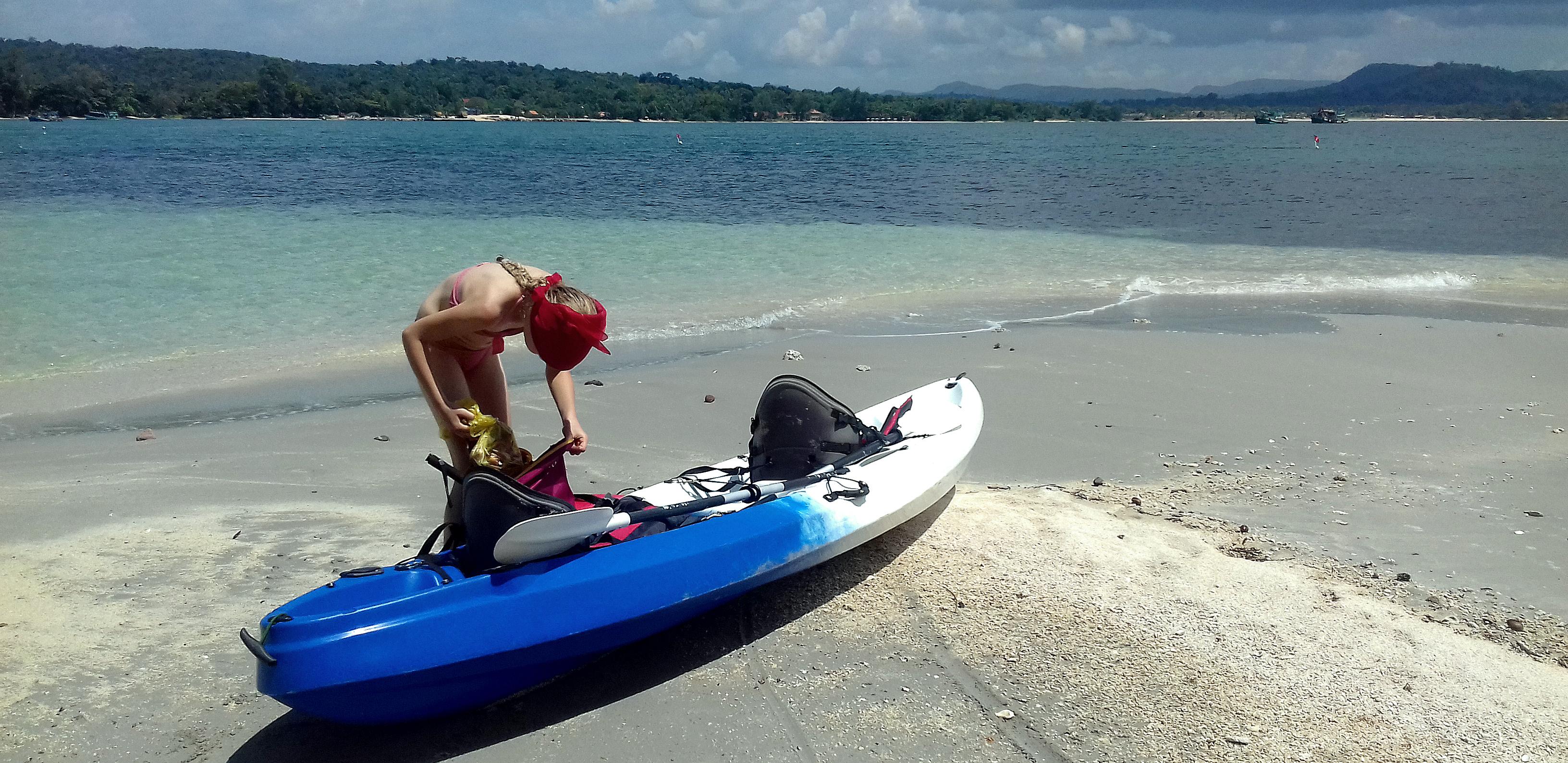 Gold Sand Beach Bungalow Kayak