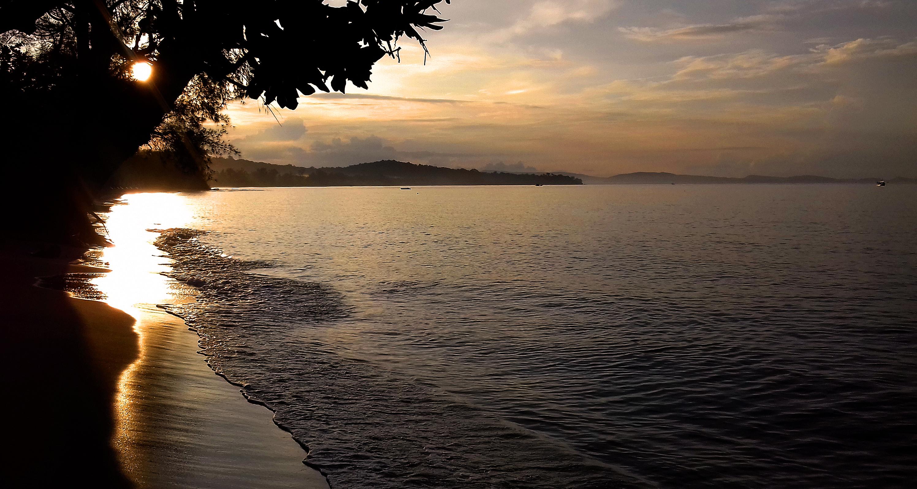 Gold Sand Beach Bungalow Sunrise 3