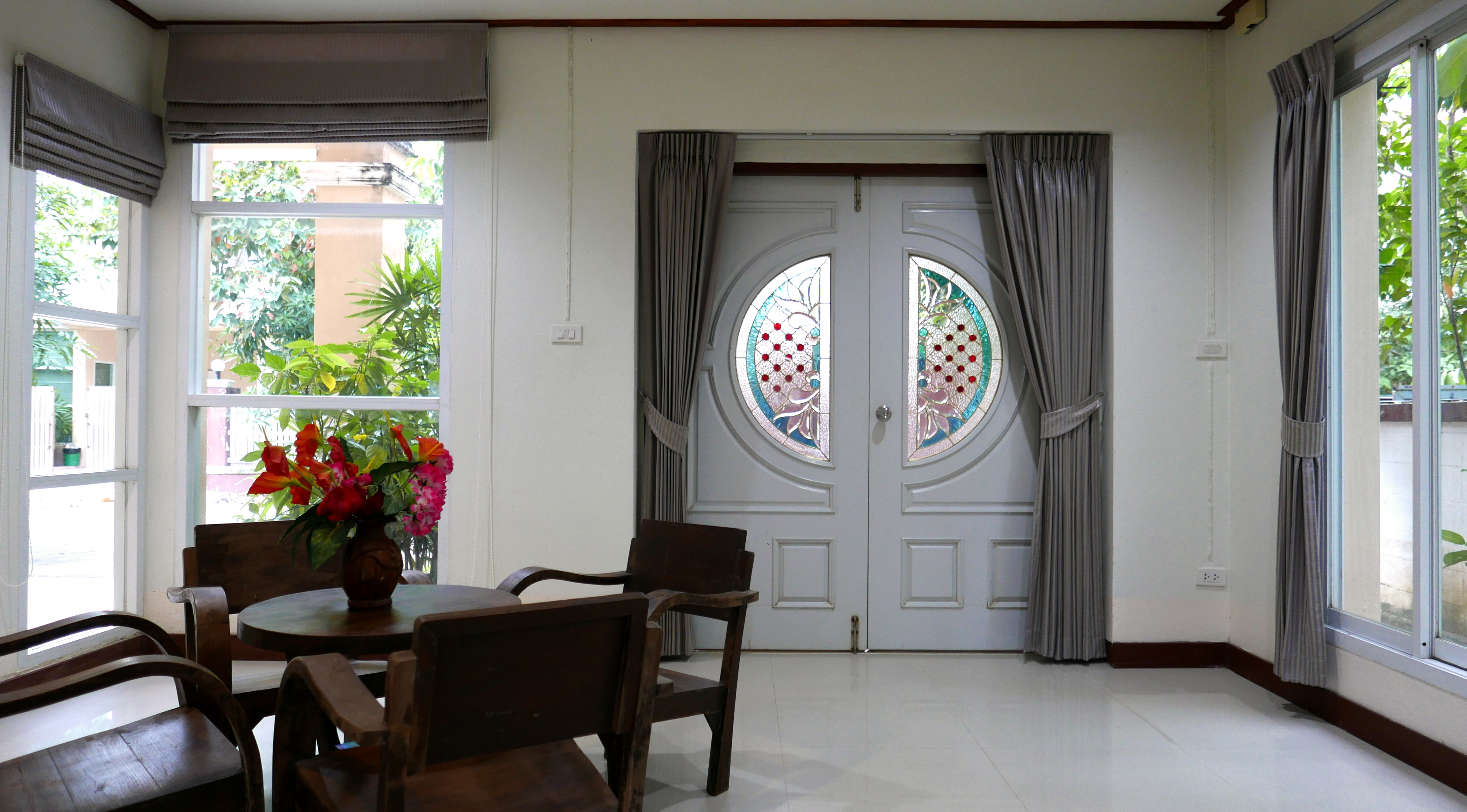 Kamalar palace dining room 2