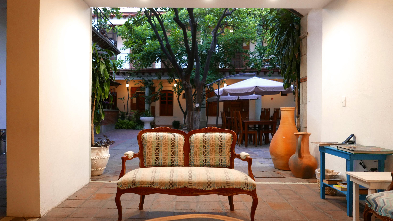 Nana Vida sitting area