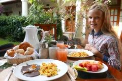 Nana Vida breakfast