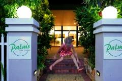 Palms City resort Darwin Entrance