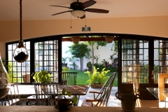 villas parota dining room