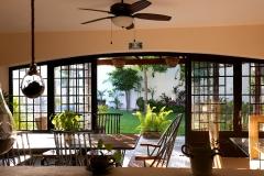 villas parota dining room