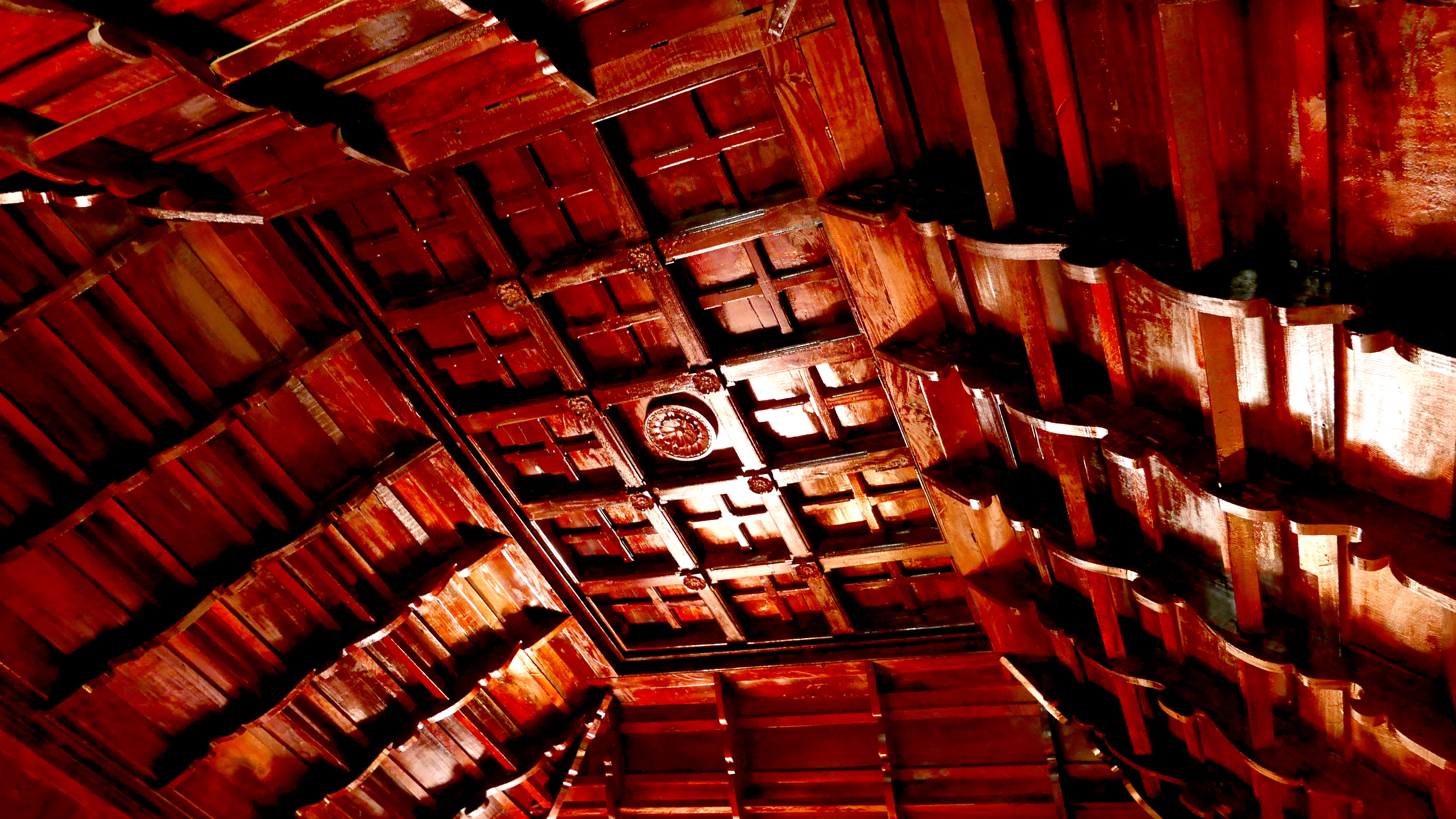 Kerala traditional wooden house Sukhayus Ayurveda