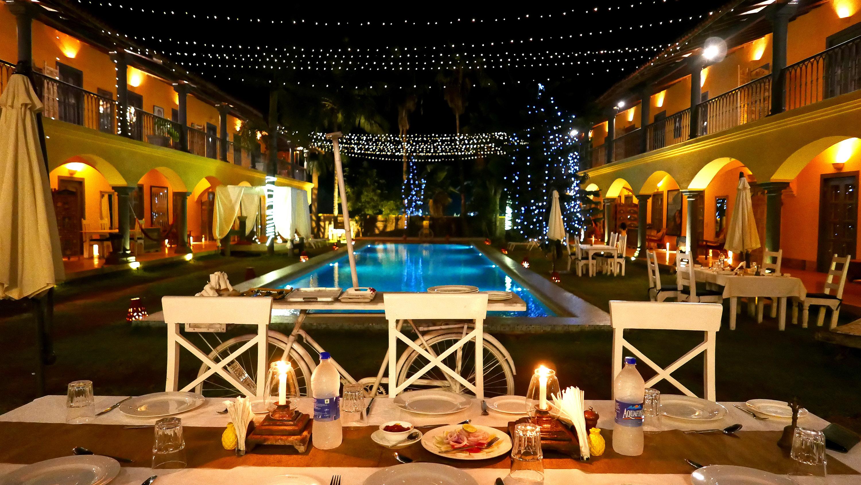 Sur La Mer Goa Morjim restaurant