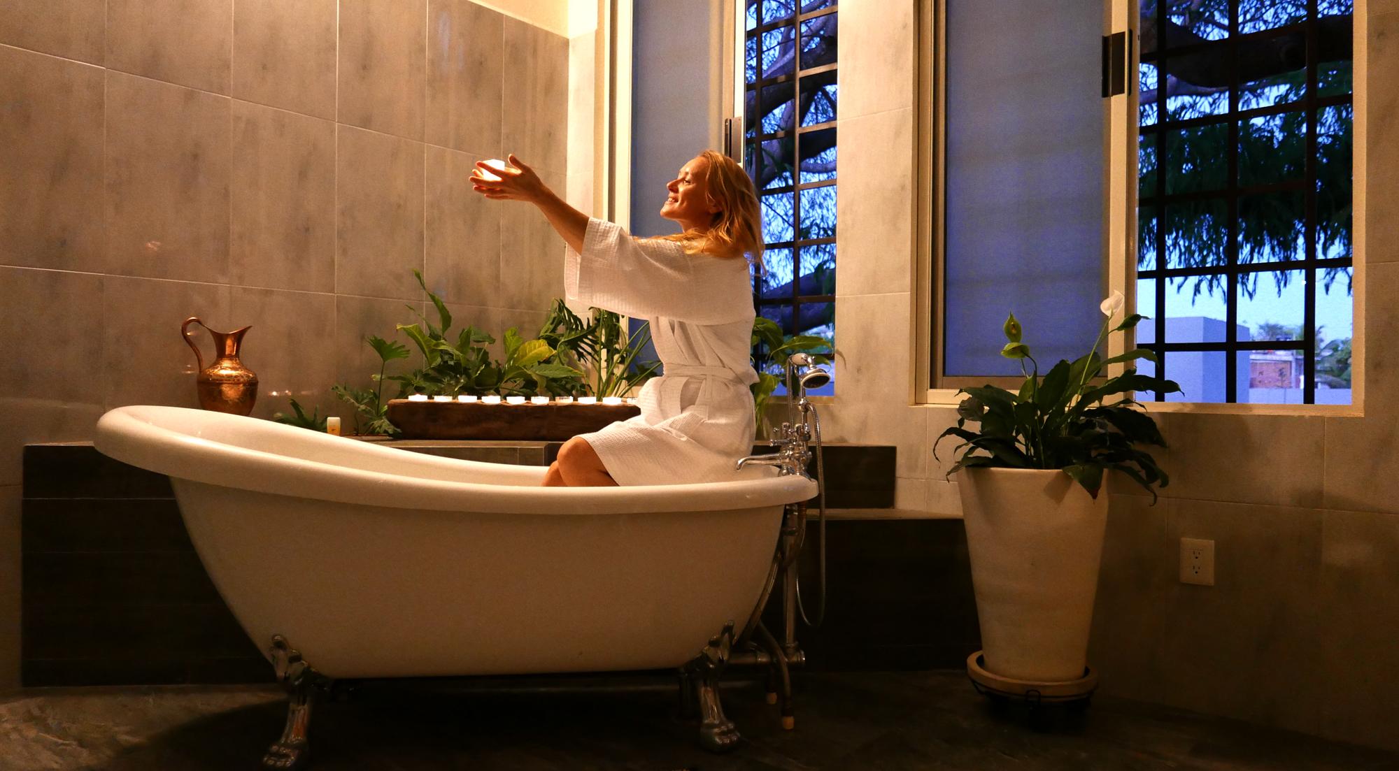 villas parota bath 1